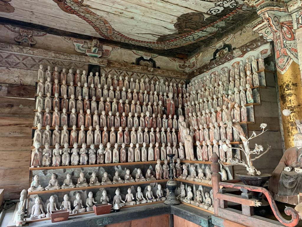 大蓮寺五百羅漢堂